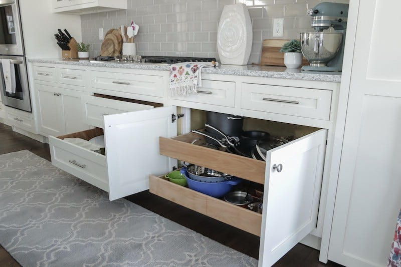 Tips for Designing a Functional Kitchen Cabinet pull out Drawers
