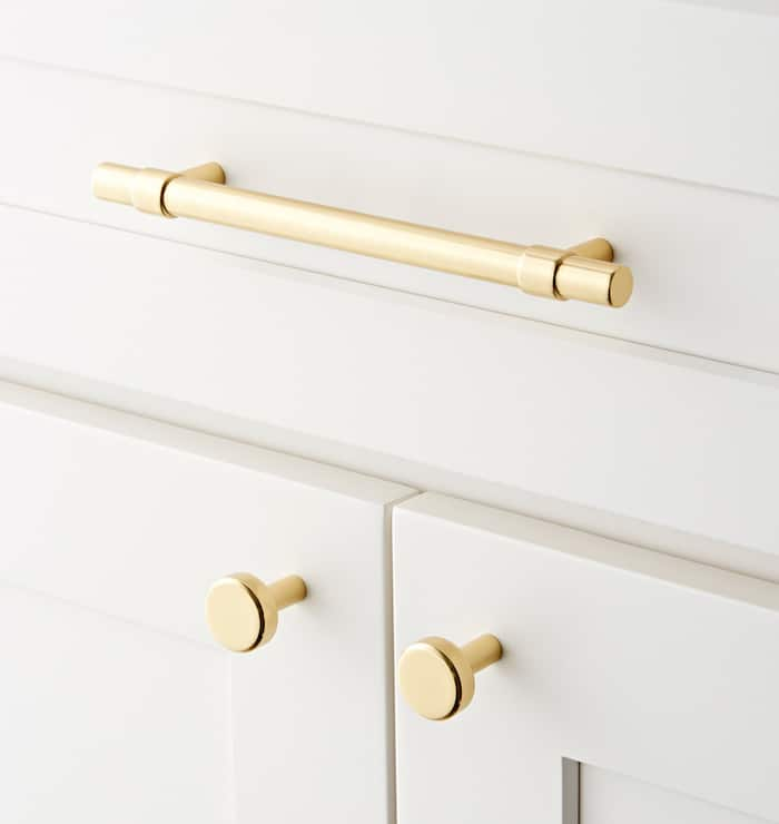 how to choose cabinet hardware knobs and pulls