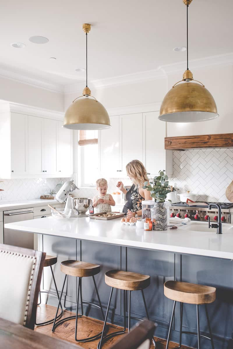How To Choose Kitchen Island Lighting Caroline On Design
